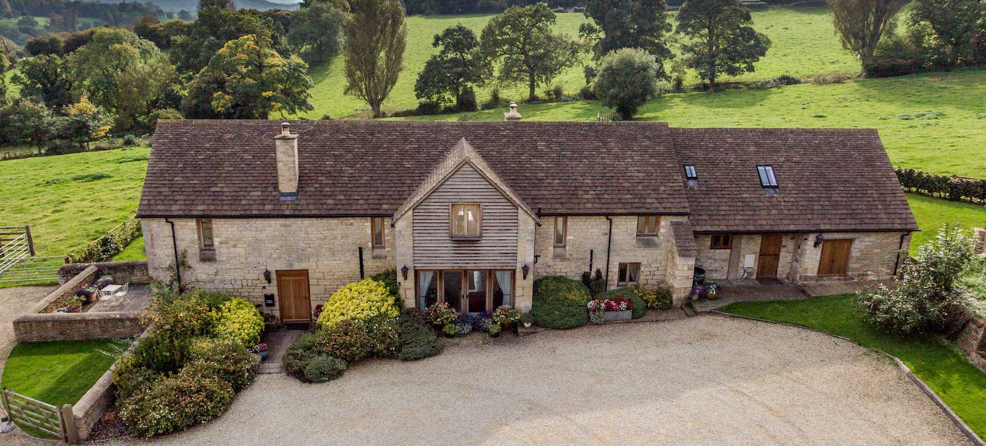 Barncastle Cotswolds Accommodation